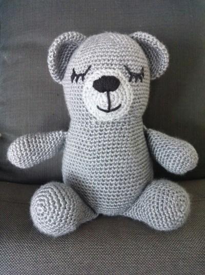 Sleepy Bear Crochet Pattern | Squirrel Picnic