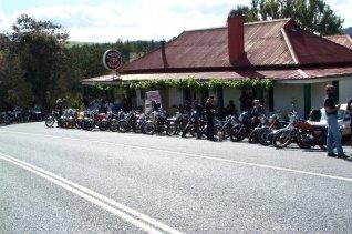 Pub line up, Koetong 2001