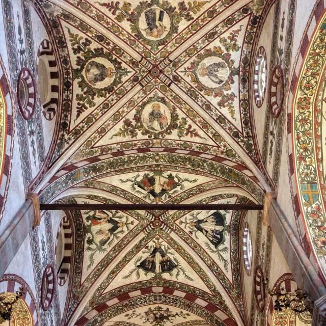 Cosa vedere a Verona? In sesta posizione la bellissima Chiesa di Sant'Anastasia
