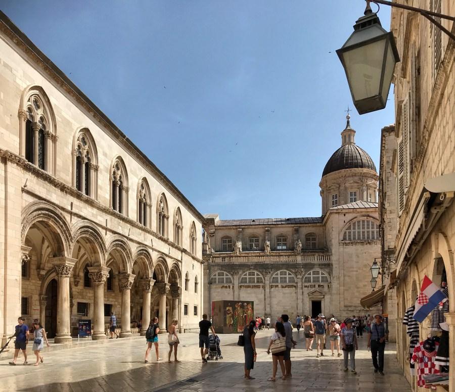 Visitare Dubrovnik è una di quelle esperienze indimenticabili!