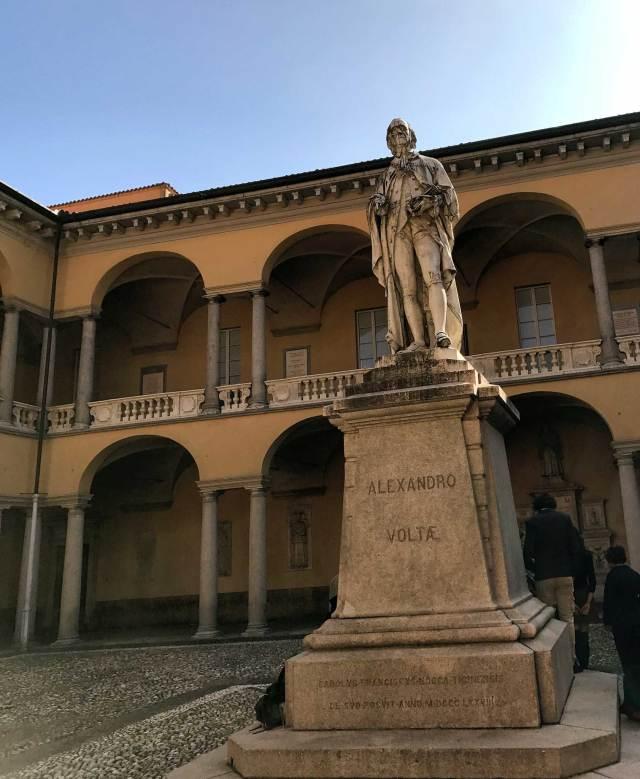 A Pavia bisogna andare a visitare l'Università, una delle più antiche d'Italia e ricca di storia