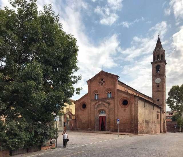 """Visitare Cremona e """"perdersi"""" tra le sue vie è una cosa da fare!"""