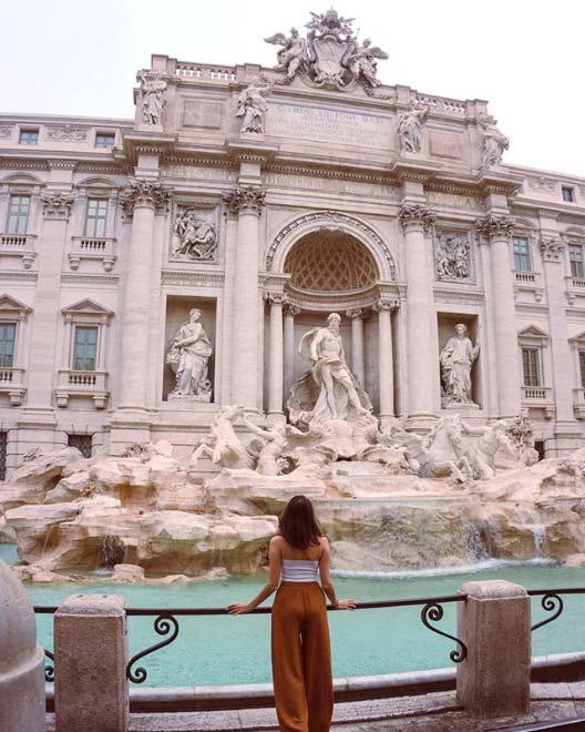 Cosa fotografare a Roma? Di certo la Fontana di Trevi, simbolo della grande bellezza!