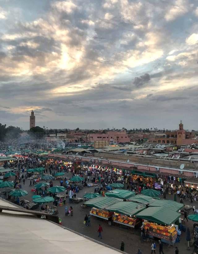 Il più bel tramonto di Marrakech si vede dalla terrazza del Café de France