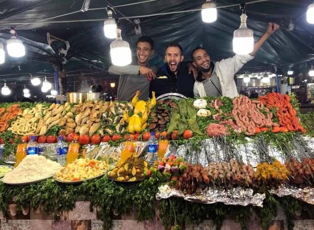 Cenare in Piazza Jamaa El Fna a Marrakech è uno spettacolo!