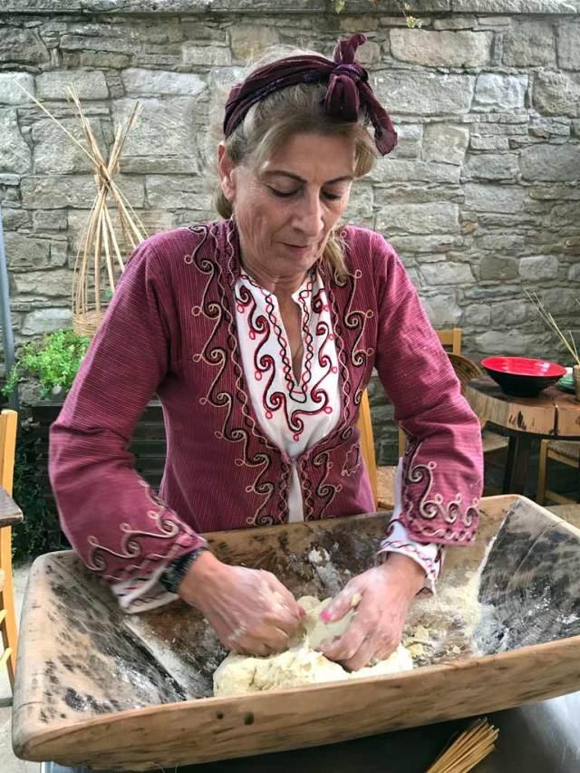 A Choirokoitia a Cipro si può andare a lezione di cucina tipica cipriota!