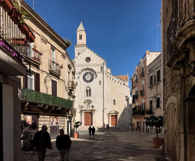 Cosa vedere a Bari? La Cattedrale di San Sabino dal candido stile romanico