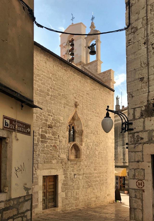 Cosa vedere a Sebenico in Croazia? La cattedrale e le sue meravigliose vie