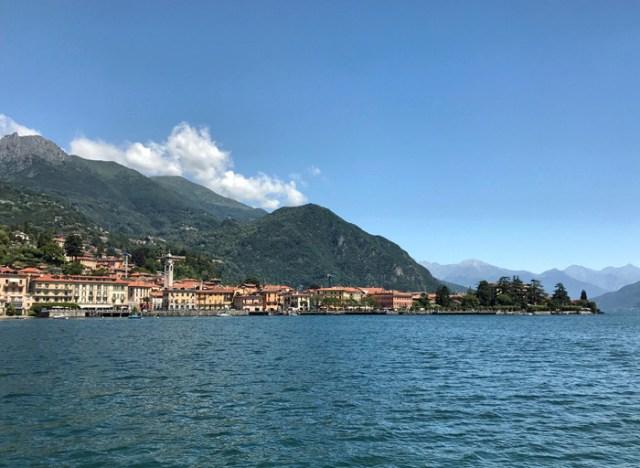 Il traghetto da Varenna è una delle due opzioni per raggiungere Menaggio sul Lago di Como