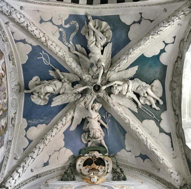 La Chiesa di Santa Maria delle Grazie è un capolavoro rinascimentale di Gravedona