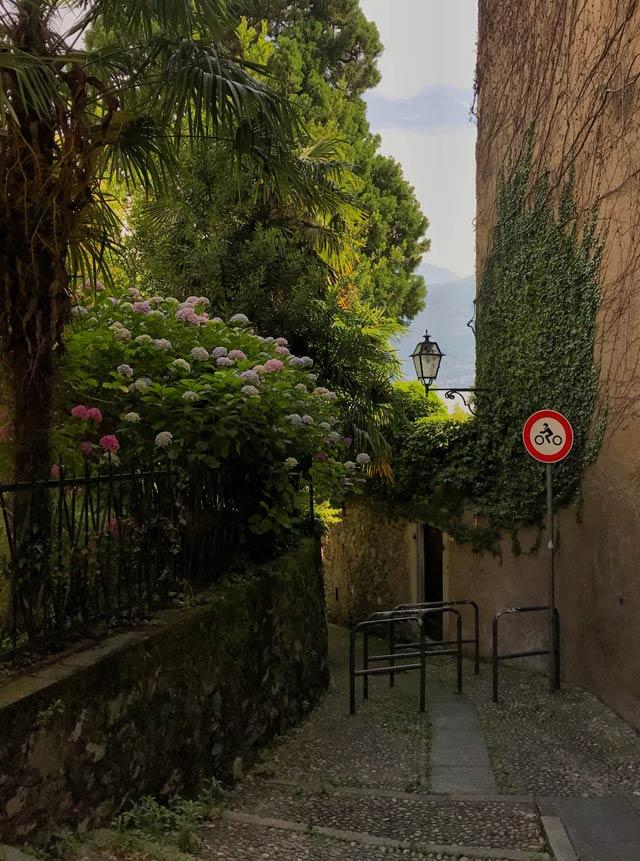 Il centro storico di Menaggio in collina è da vedere sul Lago di Como