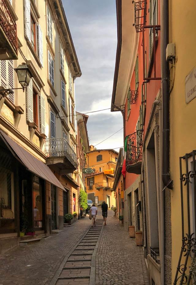 Menaggio sul Lago di Como ha un affascinante centro storico nella parte alta del paese