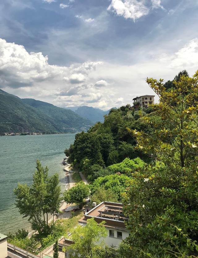 Pianello del Lario è un paese ricco di verde nell'Alto Lago di Como