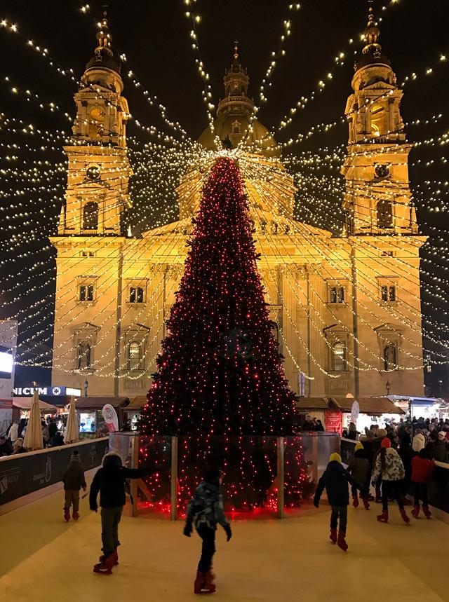 Budapest è una delle grandi capitali d'Europa da visitare, specie coi mercatini di Natale