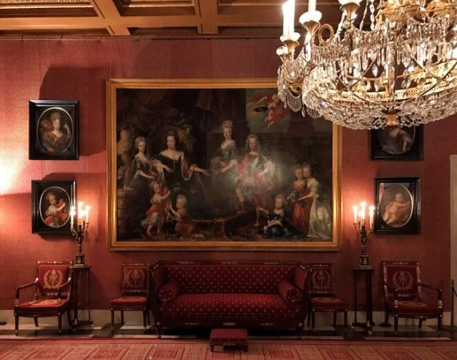 Il Palazzo Reale di Amsterdam ha sale arredate da Luigi Napoleone in Stile Impero