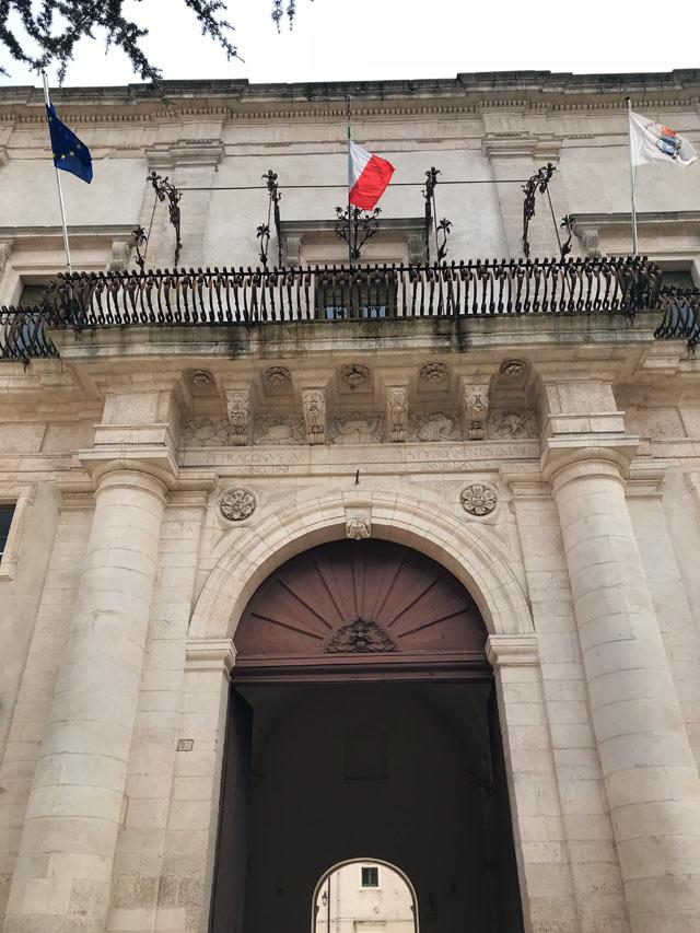 Cosa vedere in valle d'Itria in primavera? Visita il Palazzo Ducale di Martina Franca