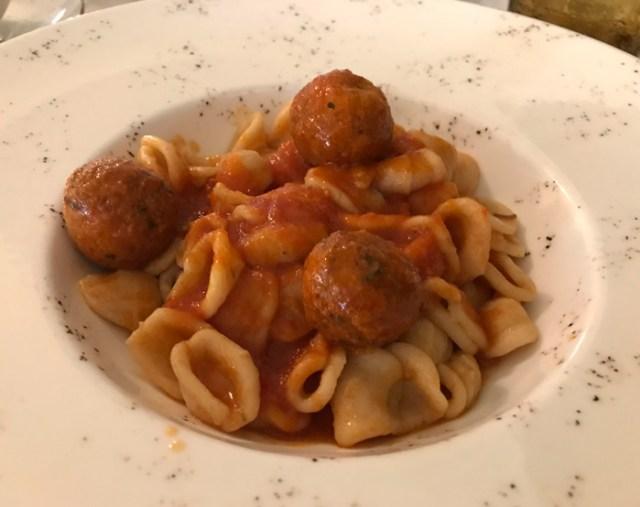 Il Ristorante uCurdunn di Locorotondo offre piatti locali e ricercati