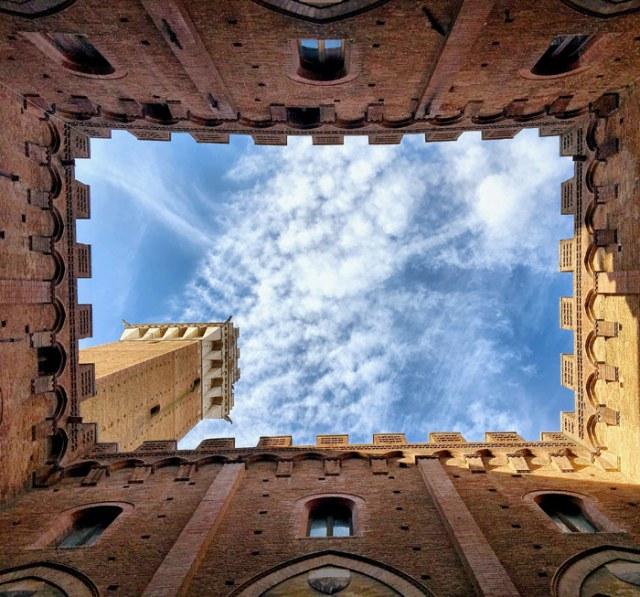 Il Palazzo Pubblico in Piazza del Campo è una delle cose da vedere a Siena