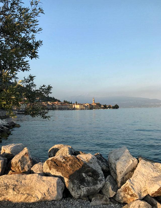 Cose da vedere in Lombardia? Salò e il suo meraviglioso lungolago