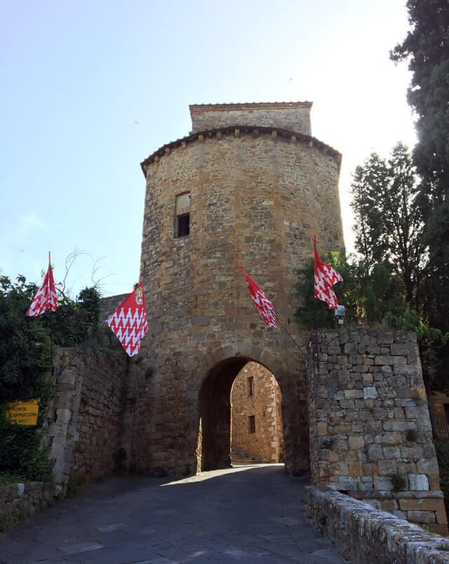 La Val d'Orcia in Toscana ha tanti borghi da vedere come San Quirico d'Orcia