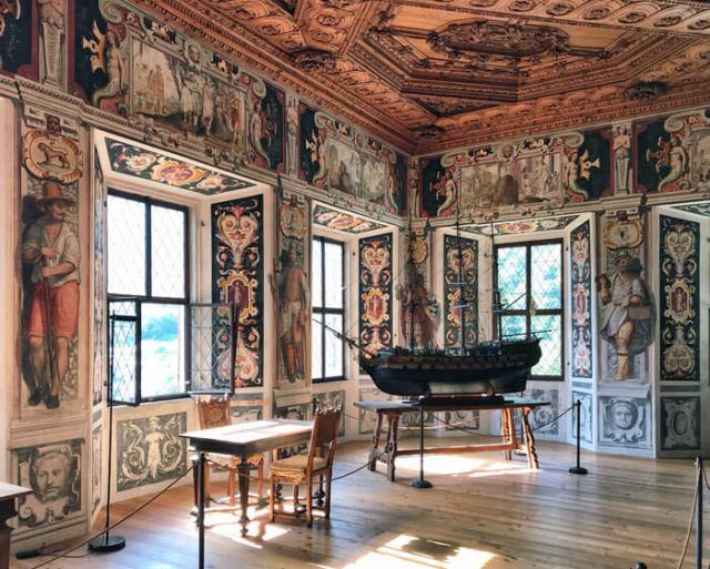 Palazzo Vertemate Franchi a Piuro in Valchiavenna è un gioiello d'arte rinascimentale