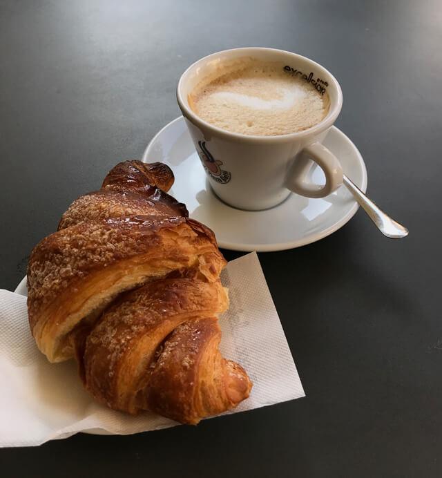 """A Trieste devi chiedere un """"caffelatte"""" per aver il cappuccino normale"""
