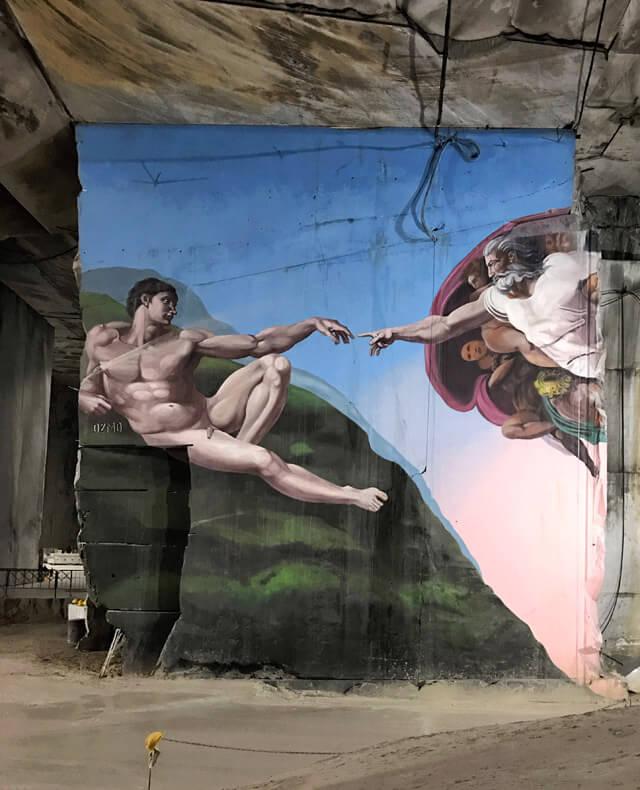 La cava interna del Marmotour Michelangelo è da vedere a Carrara