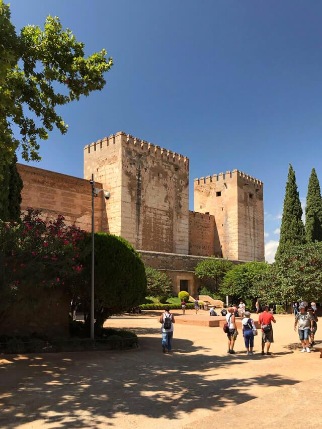 L'Alcazaba era la fortezza militare per difendere l'Alhambra di Granada