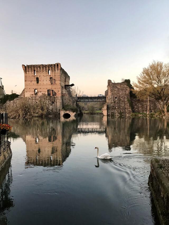 Borghetto di Valeggio sul Mincio è uno dei posti da fotografare in Veneto
