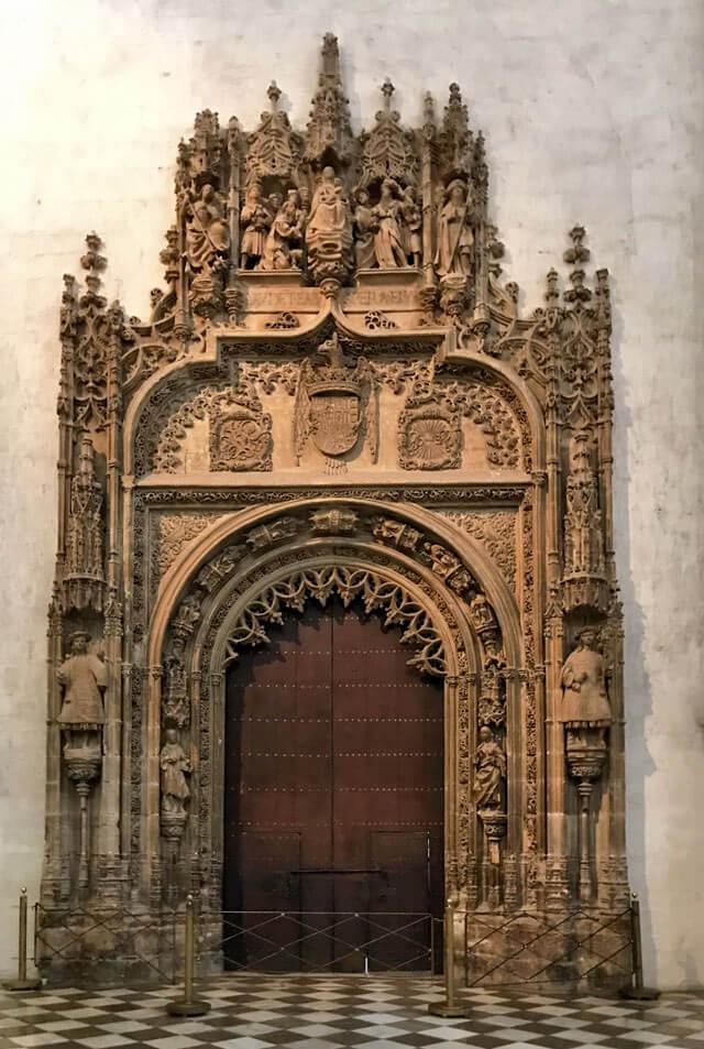 La Cattedrale di Granada è in stile rinascimentale ma ha dettagli gotici