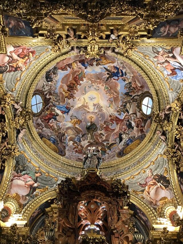 Il Sacrario della Cartuja di Granada è un capolavoro barocco dell'Andalusia