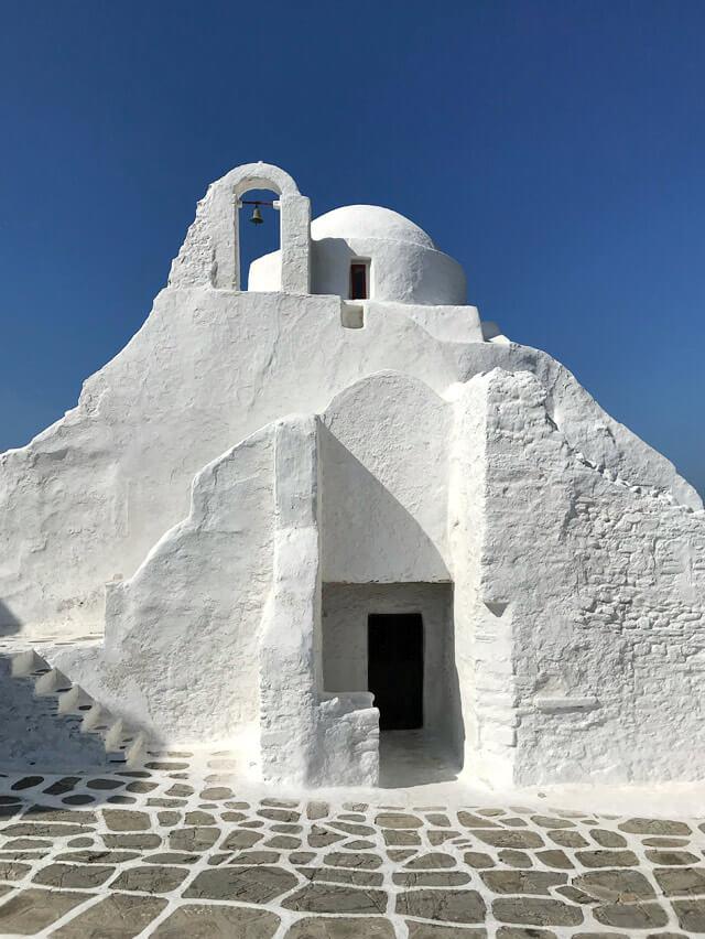 La chiesa di Paraportiani è da vedere in vacanza a Mykonos