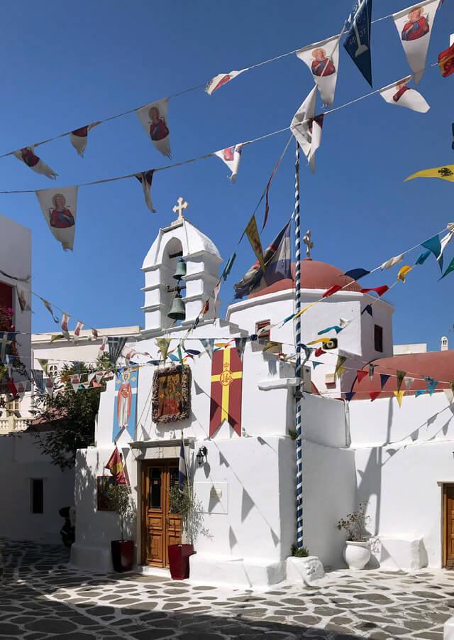 Tra le vie di Mykonos trovi tantissime chiese ortodosse