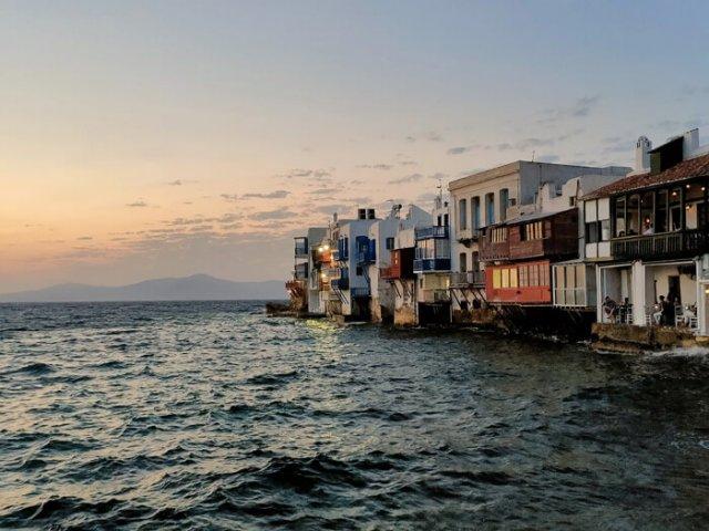 Mykonos è una delle isole greche più belle: regala tramonti da sogno!