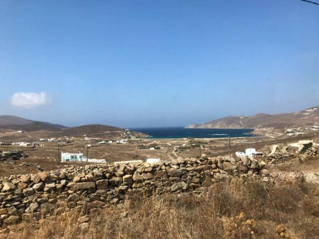 Come muoversi a Mykonos? Il bus ti porta in ogni spiaggia