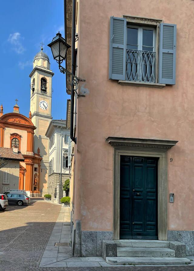 La bella chiesa di San Vincenzo è da vedere a Cernobbio