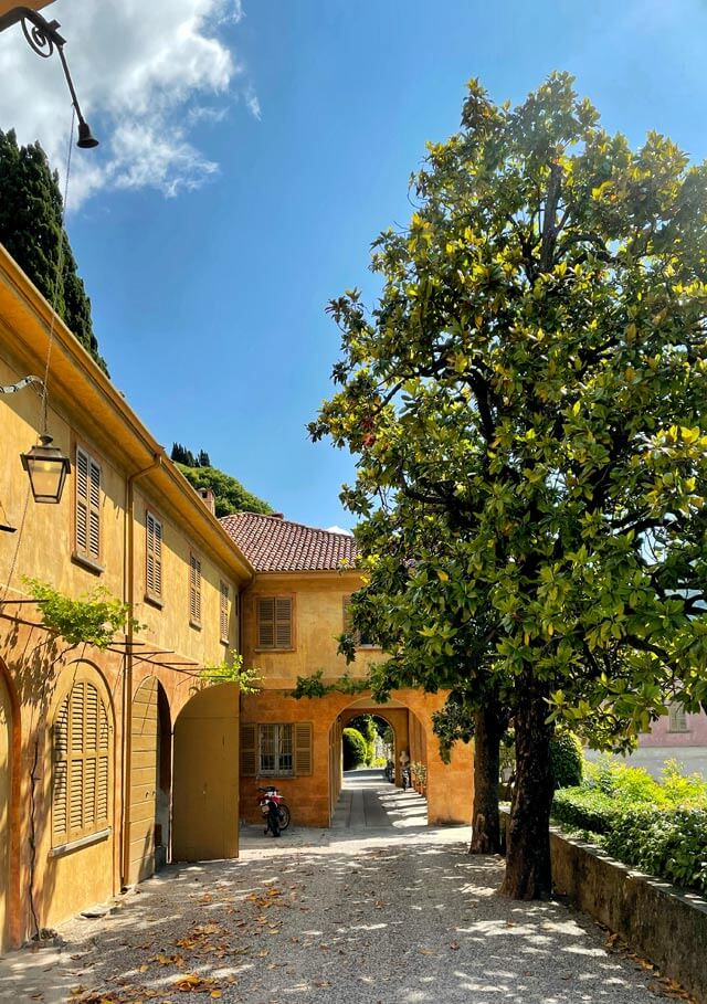 Il giardino di Villa Pizzo a Cernobbio si stende per 2km sul Lago di Como