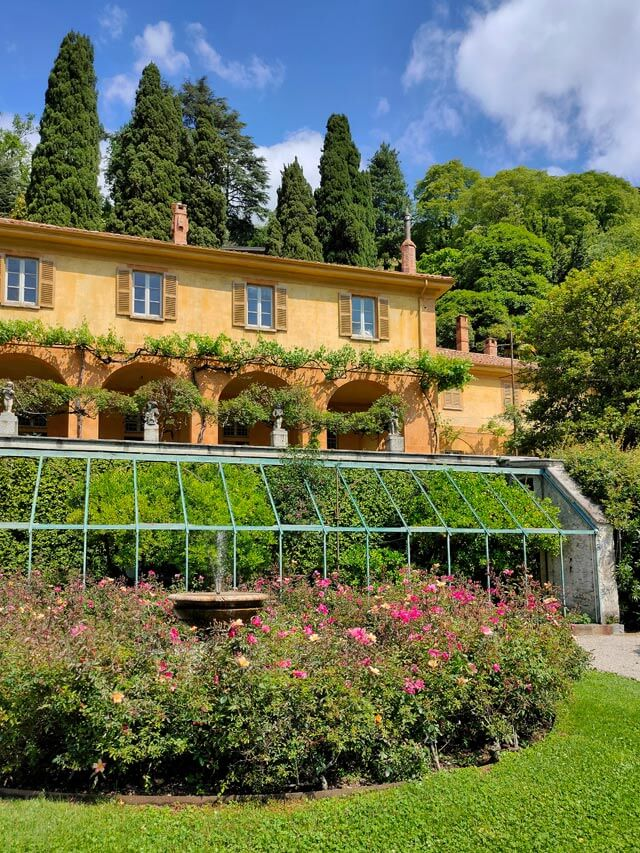 Cosa visitare a Cernobbio? Villa Pizzo col grande giardino sul Lago di Como