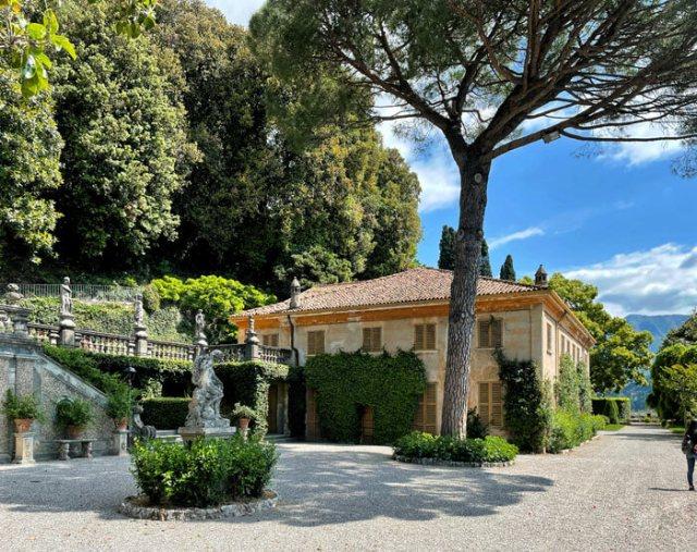 Villa Pizzo a Cernobbio ha uno stupendo giardino all'italiana sul Lago di Como