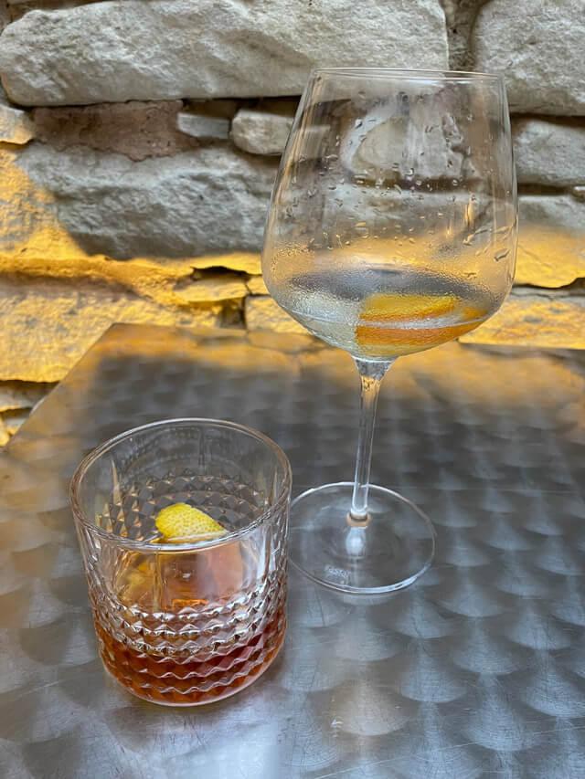 Il Vermouth (o vermut) è un vino aromatizzato tipico del Piemonte