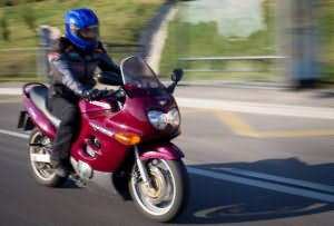 Сонник ехать на мотоцикле с девушкой. К чему снится мотоцикл, кататься на мотоцикле, покупать мотоциикл? Основные толкования, к чему снится мотоцикл