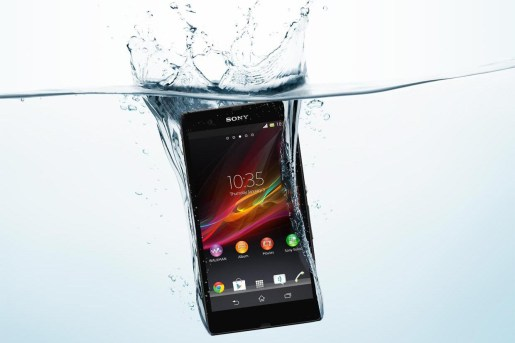 Top 5+ Best Waterproof phones 2017 3