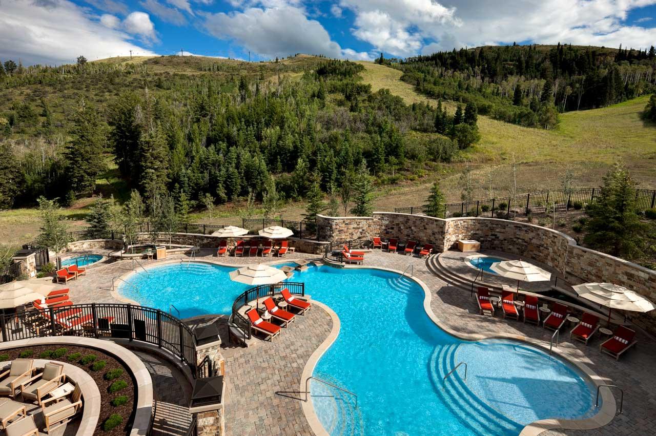 The St. Regis Deer Valley outdoor Pool