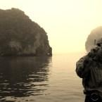 www.sreep.com 20160320_032152 Vietnam, Halong-Bucht: Halongs Inseln im Morgennebel