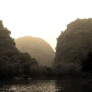 www.sreep.com 20160323_095501 Vietnam, Ninh Binh: Daytrip to the holy grottos of Ninh Binh & Trang An