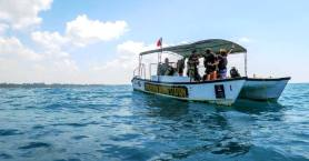 explore some gorgeous wrecks and rock formations with Poseidon Divers Hikkaduwa Sri Lanka (1)