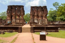 Sacred Quadrangle Vatadage Polonnaruwa Sri Lanka 14