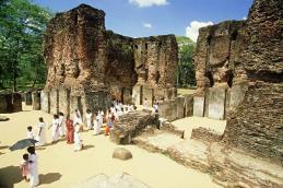 Sacred Quadrangle Vatadage Polonnaruwa Sri Lanka 27