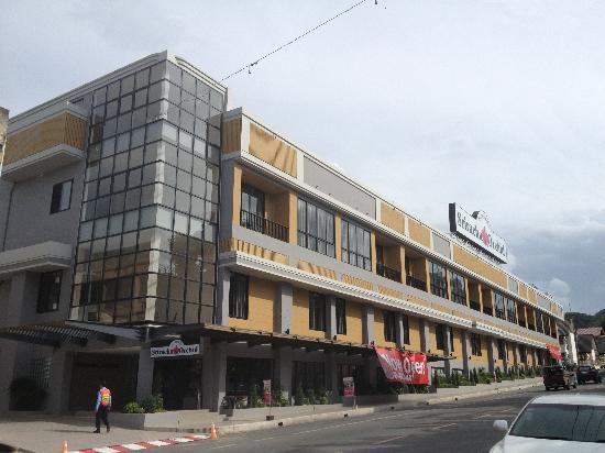 sriracha orchid hotel