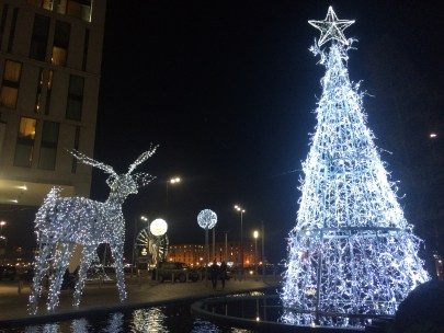 Tree and Reindeer Statue outside The Hilton